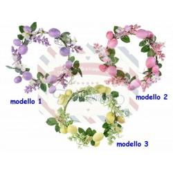 Ghirlanda con uova di Pasqua e fiori artificiali modello a scelta